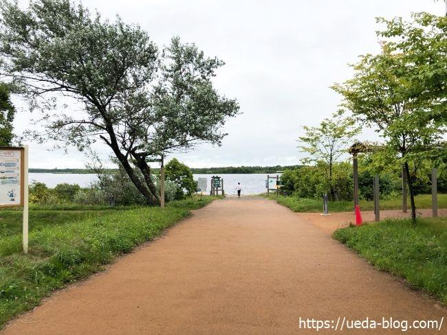 苫小牧道の駅 ウトナイ湖 入口