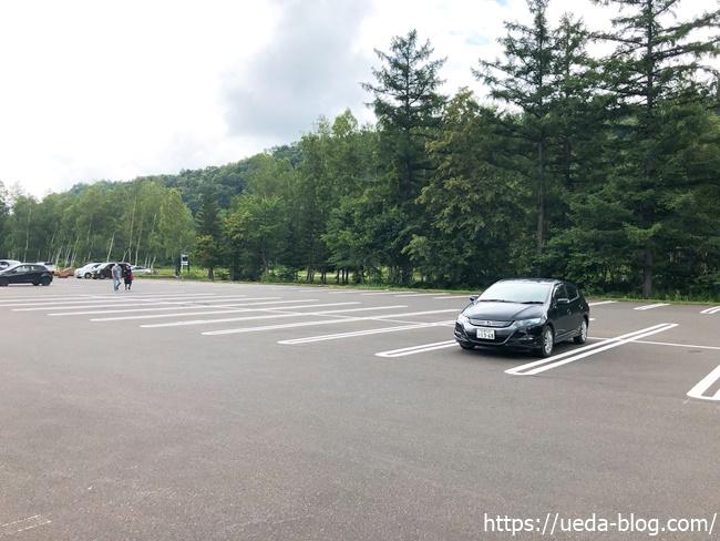 白金ビルケ 駐車場