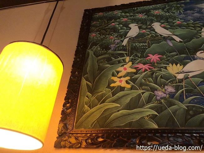 ラマイ千歳店 壁面の絵画