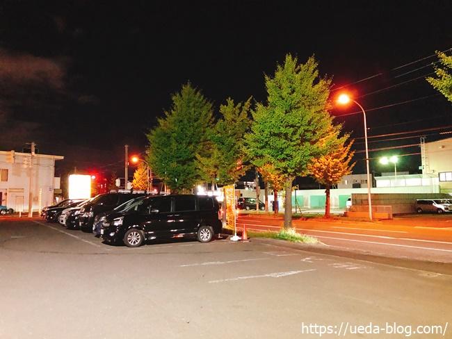 GAJA元町店の駐車場の様子