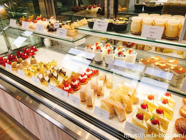 イチエのケーキ売り場2