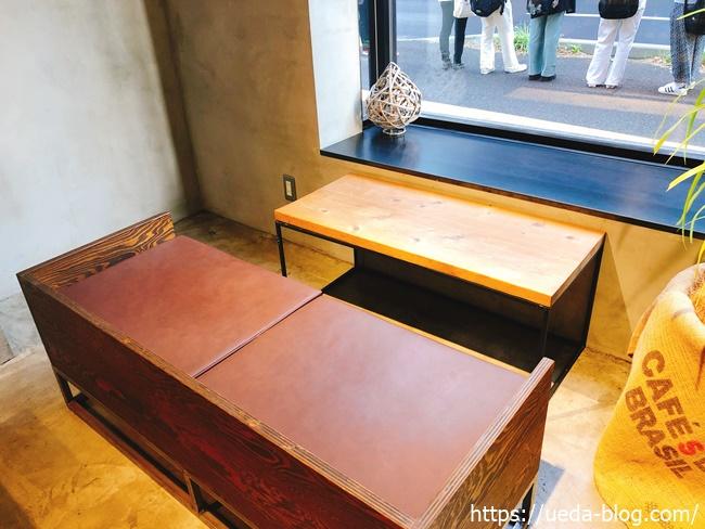 JB ESPRESSO MORIHICO.新道東駅前店のカフェスペース